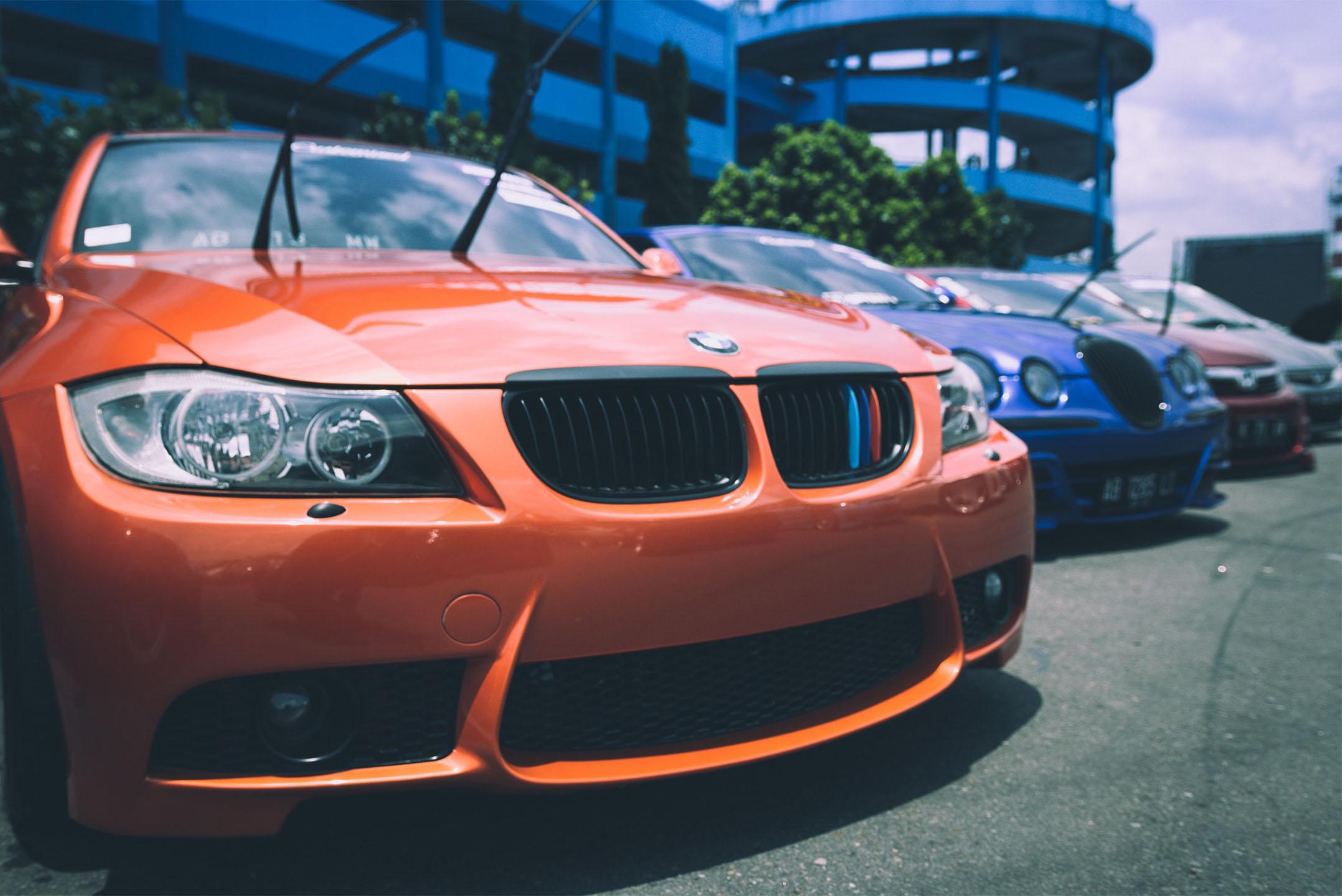 WYNAJEM SAMOCHODÓW W WARSZAWIE - pożyczaj samochody online